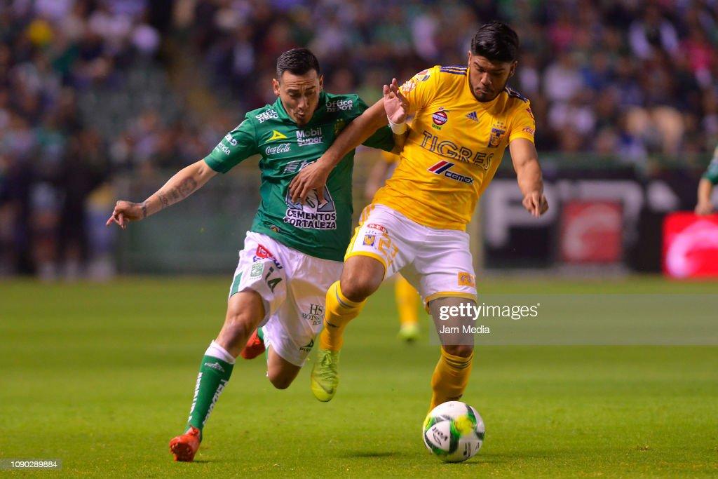 Leon v Tigres UANL - Torneo Clausura 2019 Liga MX : Fotografía de noticias