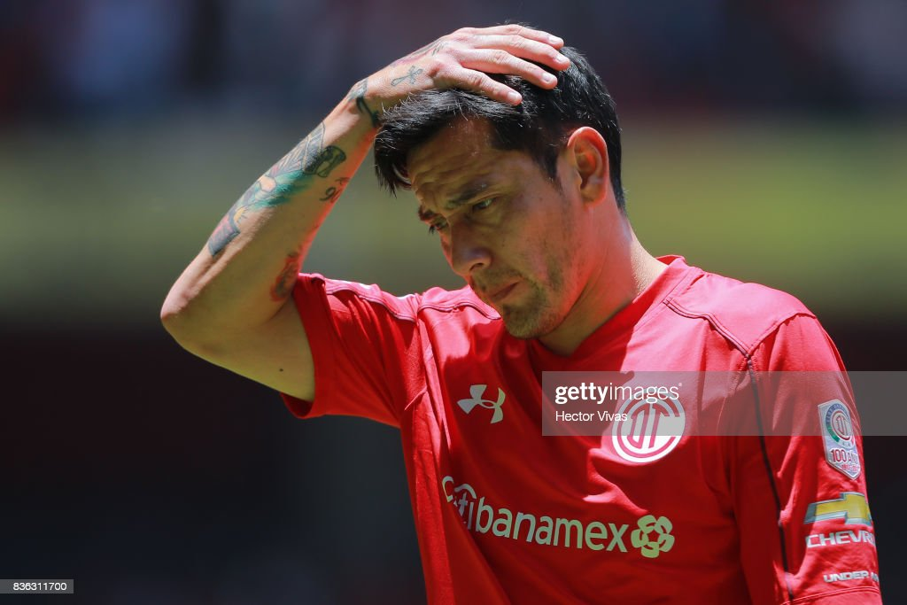 Rubens Sambueza of Toluca reacts during the fifth round match between Toluca and Necaxa as part of the Torneo Apertura 2017 Liga MX at Nemesio Diez Stadium on August 20, 2017 in Toluca, Mexico.