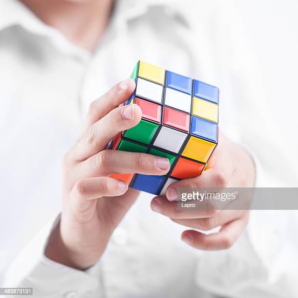 rubik's cube - moeiteloos stockfoto's en -beelden