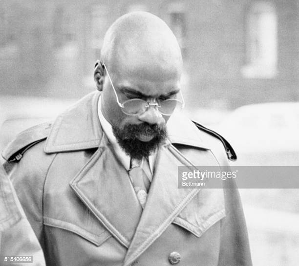 Rubin 'Hurricane' Carter walks into the Passaic County Courthouse after a lunch recess 11/18 where he is on trial with codefendant John Artic for a...