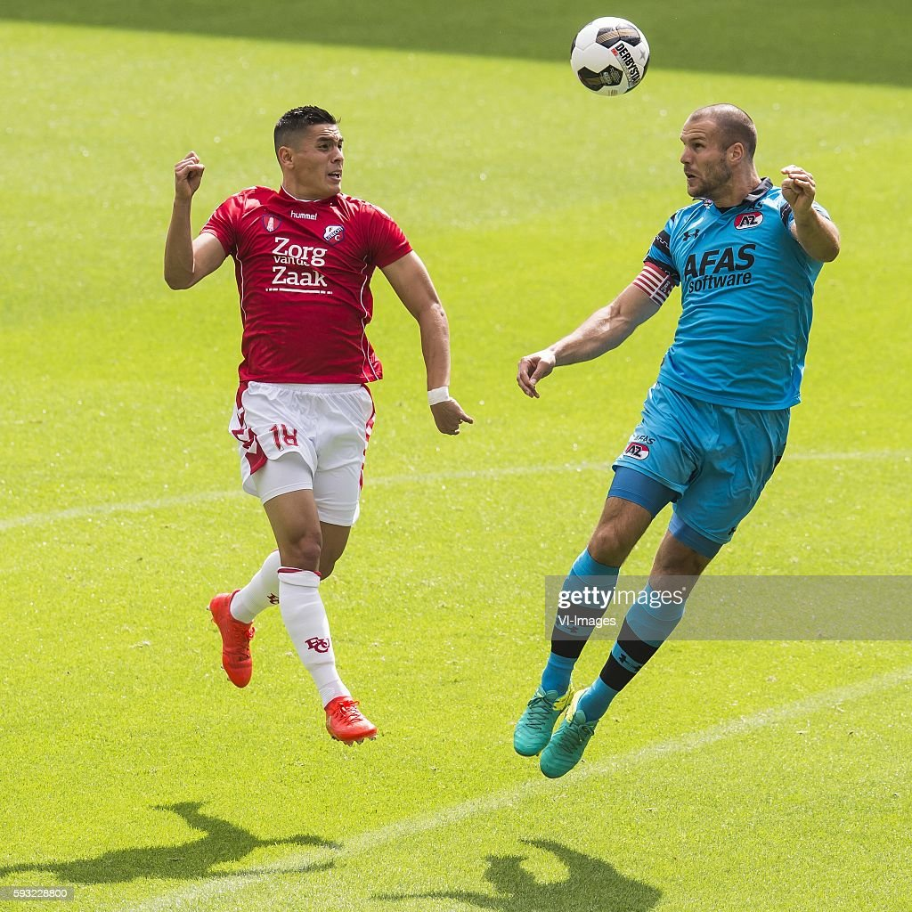 "Dutch Eredivisie - ""FC Utrecht v AZ"" : News Photo"