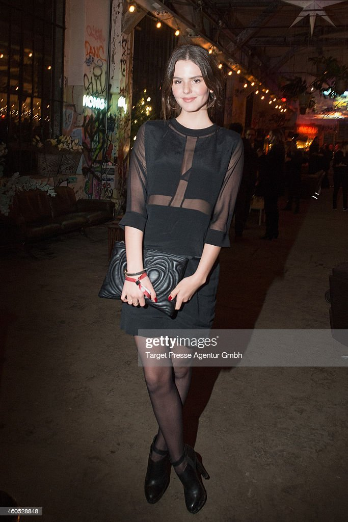 Ruby O Fee attends the 'Honig im Kopf' Premiere party at Neue Heimat on December 15, 2014 in Berlin, Germany.