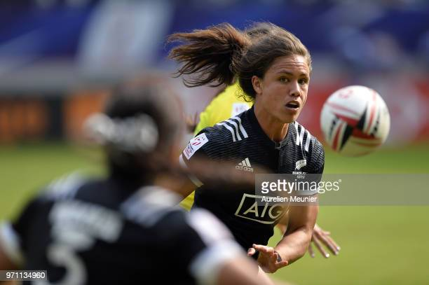 Ruby Tui of New Zealand runs with ball during the match between New Zealand and Australia at the HSBC Paris Sevens stage of the Rugby Sevens World...