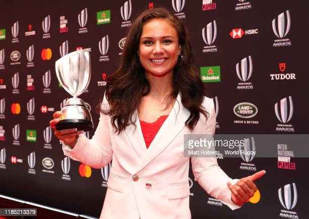 Ruby Tui of New Zealand Women poses after being named Rugby Sevens Player of the Year during the World Rugby Awards on November 03 2019 in Tokyo Japan