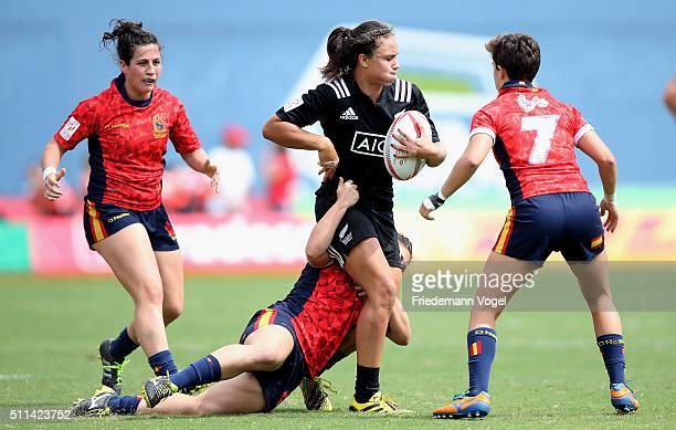Ruby Tui of Spain in action against Spain during the Women's HSBC Sevens World Series at Arena Barueri on February 20 2016 in Barueri Brazil