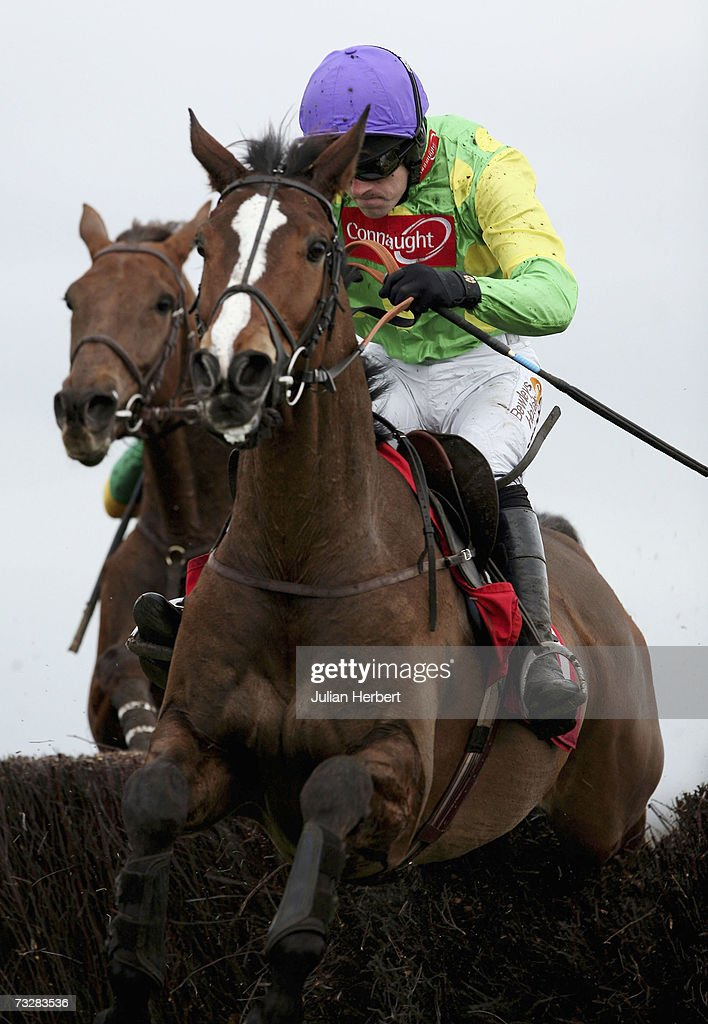 The AON Steeple Chase Race : News Photo