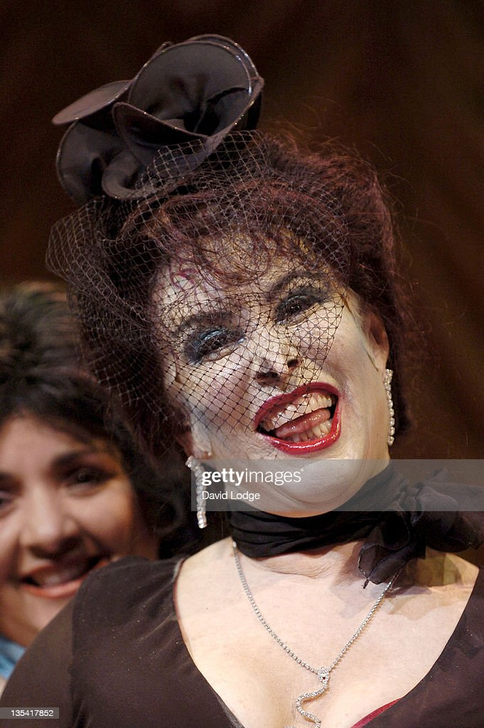 Ruby Wax during 'The Witches' - Photocall at Wyndhams Theatre in London, Great Britain.