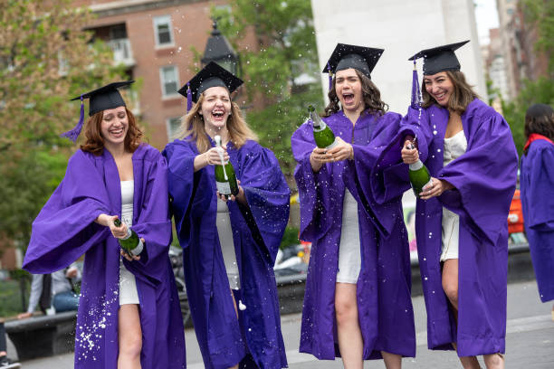 NY: Students Prepare For Graduation In New York City