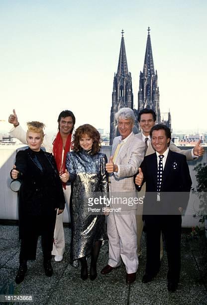 """Rudi Carrell, , Birgit Rehse , ;Leo Bischof , Ariane Berndt ;, Jürgen Möller , Max Murawski , ARD-Show """"Die Rudi Carrell-Show"""" , Köln, Deutschland, ,..."""