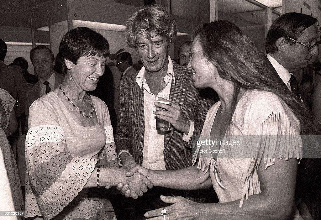 Rudi Carrell, Ehefrau Anke (re), Luki Schmidt (Ehefrau von ...