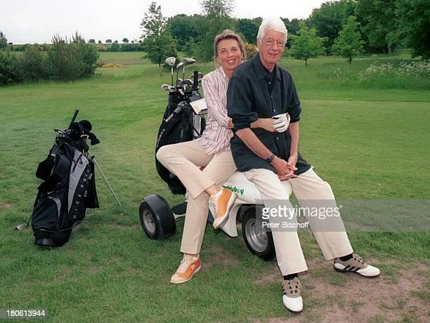 Rudi Carrell Ehefrau Simone Wachendorf bei Syke/Deutschland Golfschläger Golfplatz Golfball