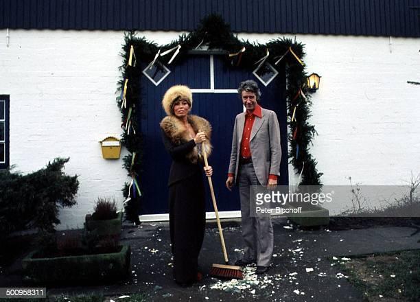 Rudi Carrell mit Ehefrau Anke, Hochzeit in Bruchhausen-Vilsen, Showmaster, Moderator, Entertainer, Promi, BB, Foto: P.Bischoff, , Sc