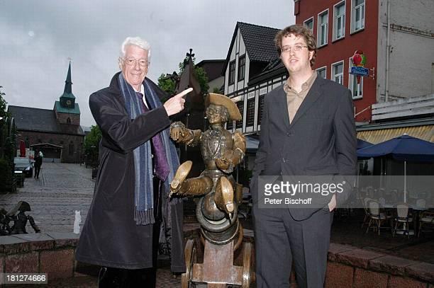 Rudi Carrell Sohn Alexander Carrell vor der Verleihung des MünchhausenPreises der Stadt Bodenwerder2005 Bodenwerder an der Weser