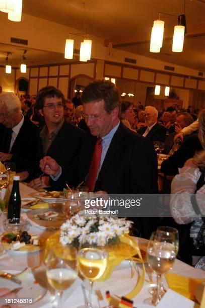 Rudi Carrell Sohn Alexander Christian Wulff Verleihung des MünchhausenPreises der Stadt Bodenwerder 2005 Buchhagen bei Bodenwerder Deutschland