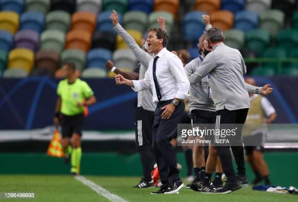 Rudi Garcia, Head Coach of Olympique Lyon reacts during the UEFA Champions League Quarter Final match between Manchester City and Lyon at Estadio...