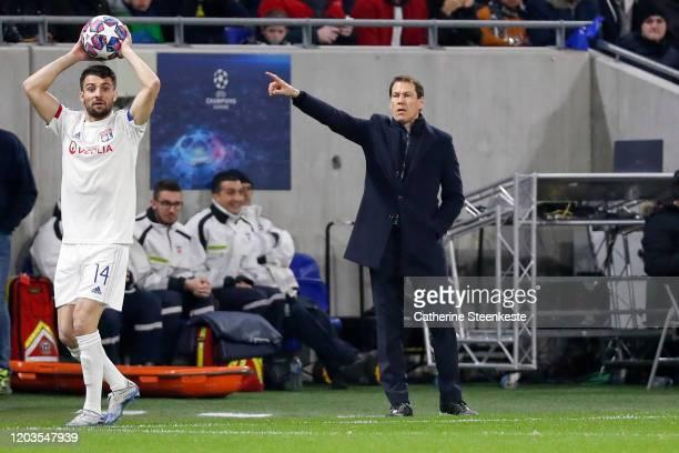 Rudi Garcia Head Coach of Olympique Lyonnais calls for a play during the UEFA Champions League round of 16 first leg match between Olympique Lyonnais...