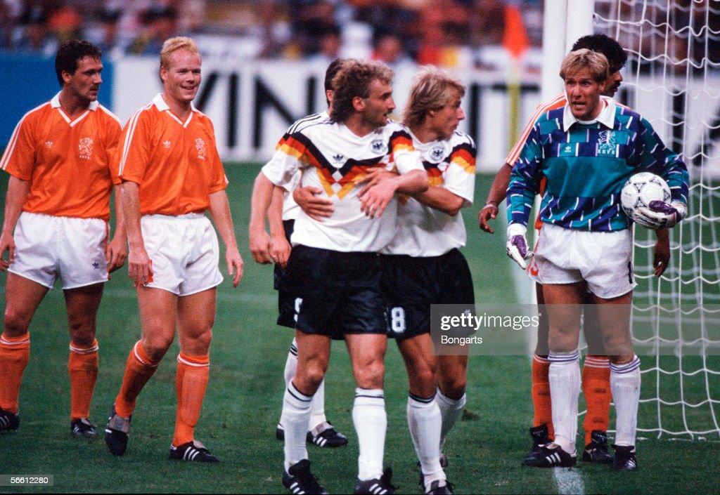 DEU: World Cup 1990 - Germany v Netherlands : News Photo