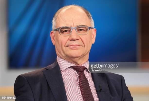 Rudolf Elmer in der ARDTalkshow ANNE WILL am in Berlin Wenn das Geld in der Sonne liegt Wer trocknet die Steueroasen aus