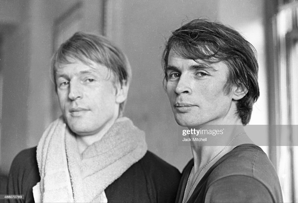 Rudolf Nureyev and Erik Bruhn : News Photo