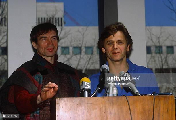 Rudolf Nureyev director of the Paris Opera Ballet and Mikhail Baryshnikov artistic director of American Ballet Theater announce March 31 1986 in New...