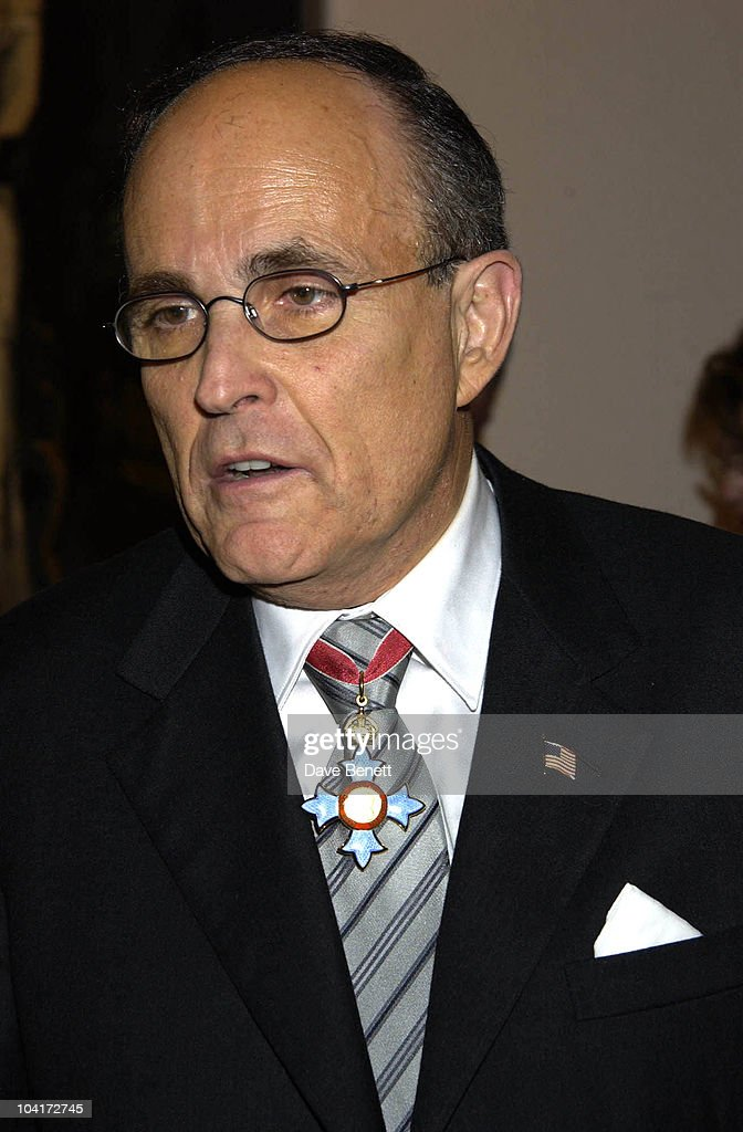 Rudolph Giuliani, Charity Auction For Signed Photos For Twin Towers Fund, At The Royal Academy Of Arts, Piccadilly, London