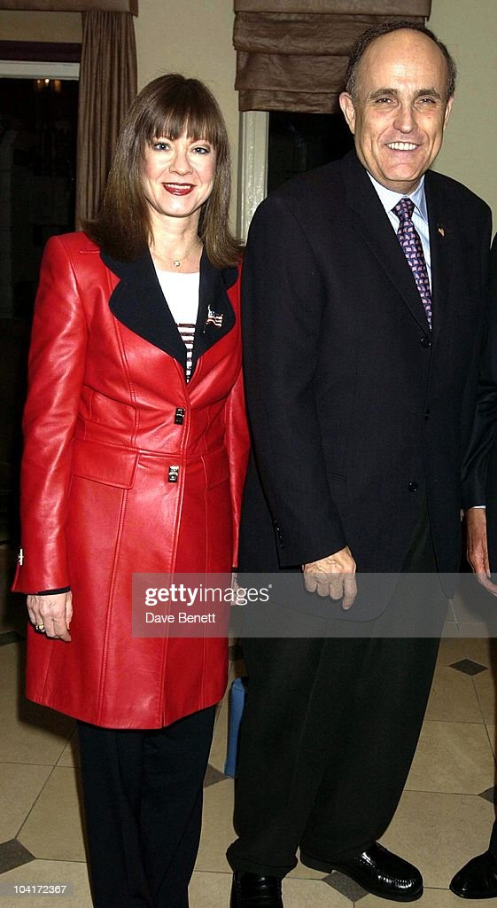 Rudolph Giuliani & Girlfriend Judith Nathan, The Mayor Of New York Arrives At The St James Club In London Then Goes For A Walk In St James To The Avenue Restaurant, London