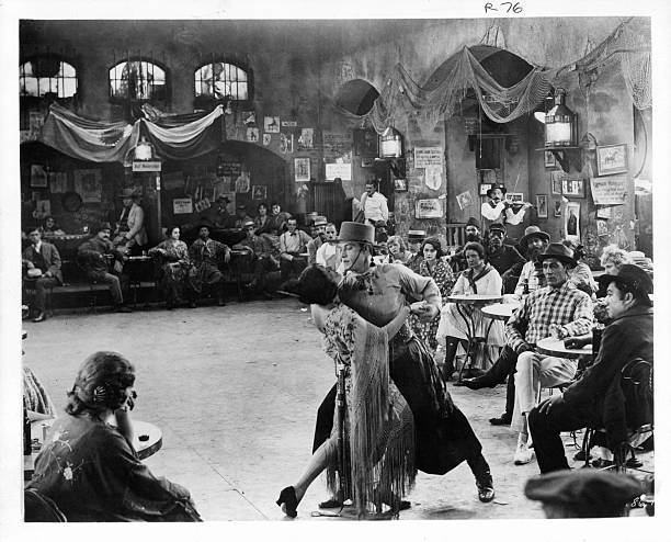 Image result for tango dance rudolph valentino
