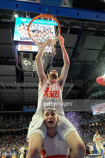 Rudy Fernndez of Real Madrid celebrate their victory over the 201516 ACB League FC Barcelona in the Barclaycard Center in Madrid Spain on June 22 2016