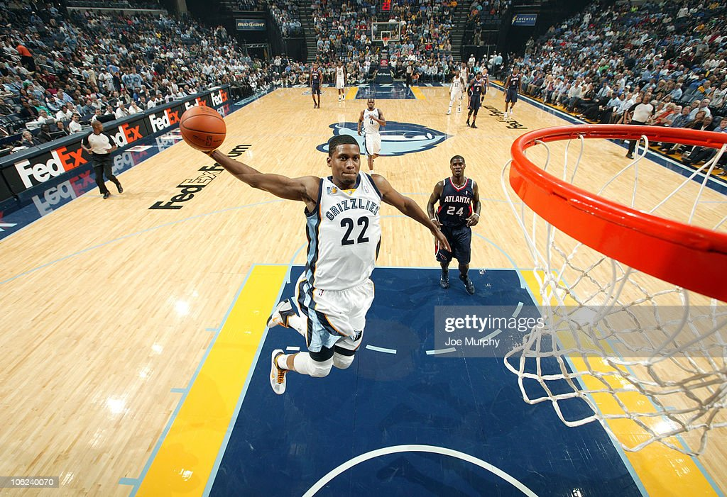 Rudy Gay #22 of the Memphis Grizzlies dunks in a game against the Atlanta Hawks on October 27, 2010 at the FedExForum in Memphis, Tennessee.
