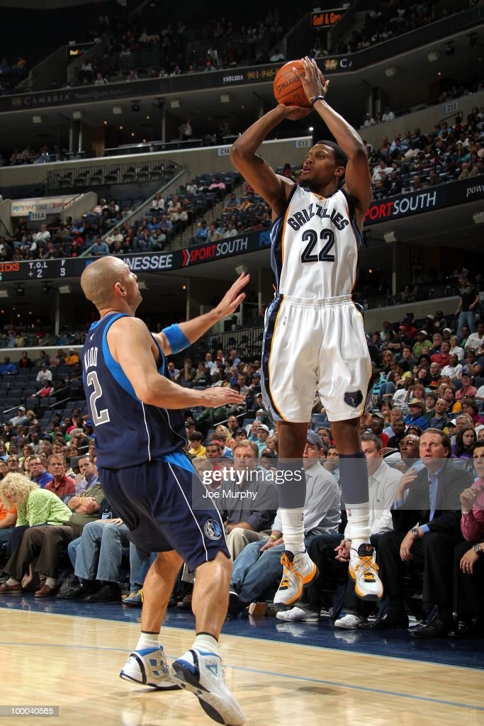 Rudy Gay #22 of the Memphis Grizzlies shoots a jump shot against Jason Kidd #2 of the Dallas Mavericks during the game at the FedExForum on March 31, 2010 in Memphis, Tennessee. The Mavs won 106-102.