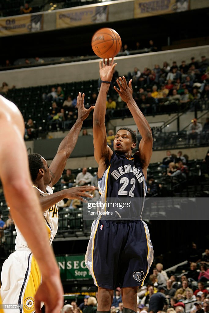 Rudy Gay of the Memphis Grizzlies shoots against the Indiana