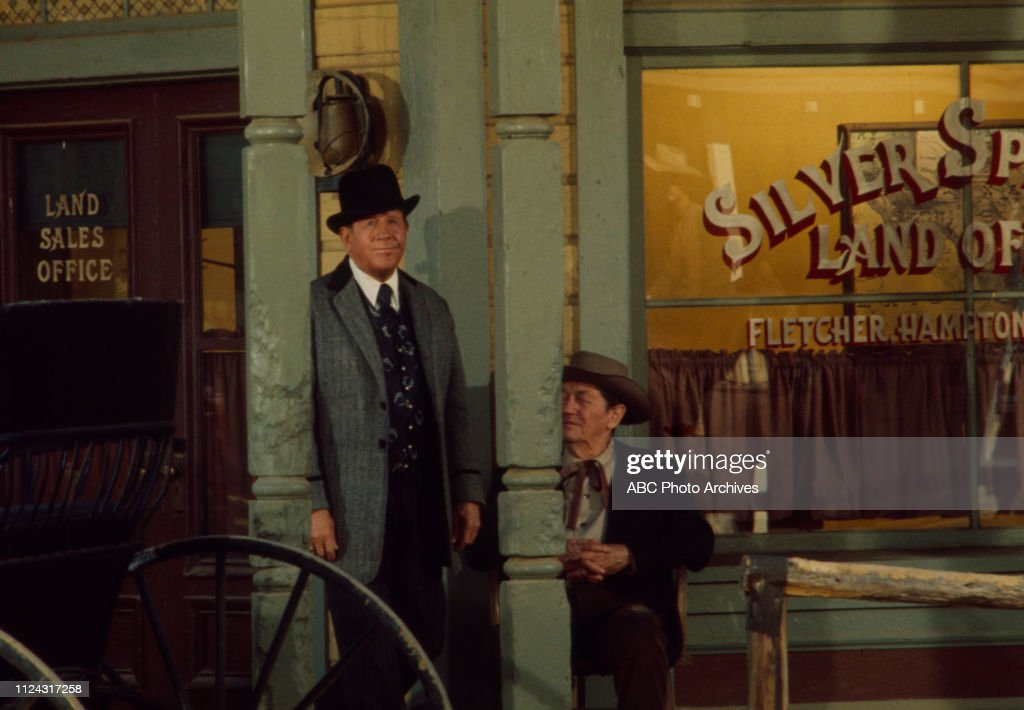 Rudy Vallee Appearing In 'Alias Smith And Jones' : News Photo