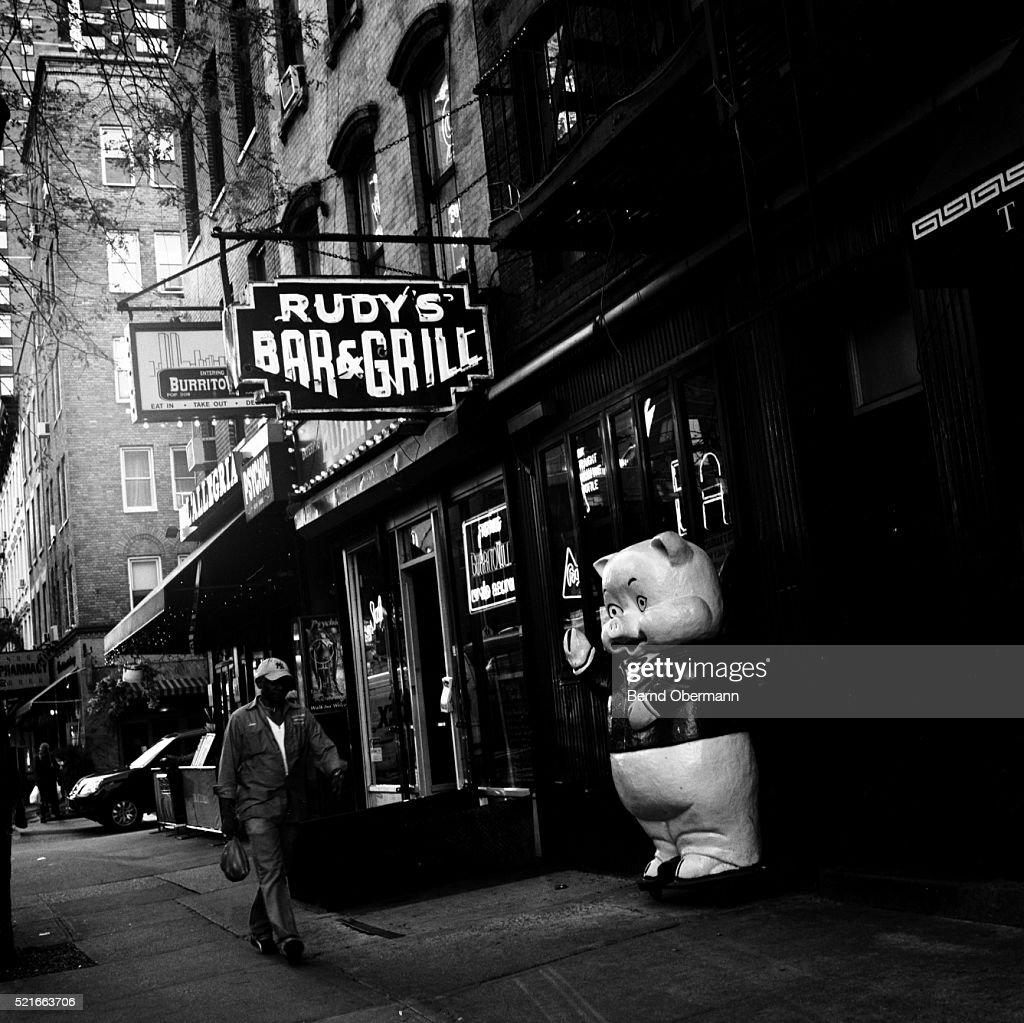 Rudys Bar Grill In Hells Kitchen Manhattan New York Stock