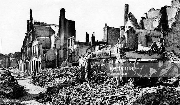 Rue de la Marine Dunkirk 1940 Postcard series Dunkerque Port/ DuinkerkeHaven Port In the aftermath of Battle of Dunkirk 26 May to 4 June 1940
