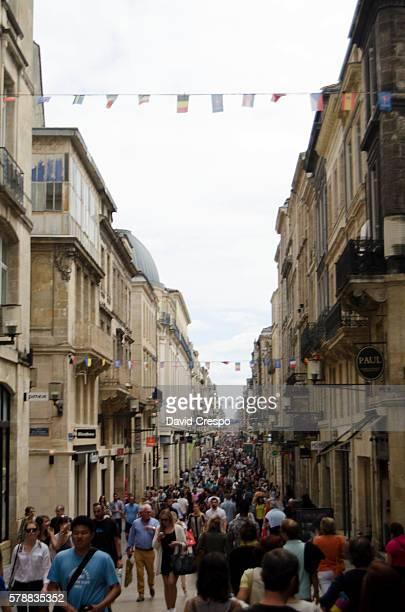 rue st. catherine - sainte catherine photos et images de collection