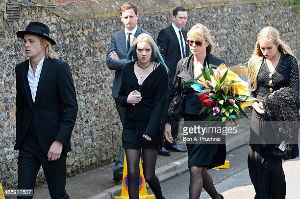 Rufus Tiger Taylor Lola Daisy May Leng Taylor Debbie Leng and Tiger Lily Taylor attends the funeral of Peaches Geldof who died aged 25 on April 7 at...