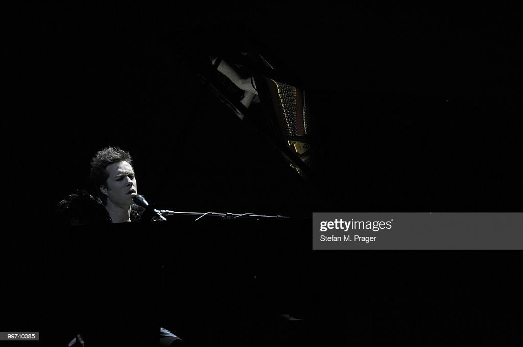Rufus Wainwright performs on stage at Muffathalle on May 17, 2010 in Munich, Germany.