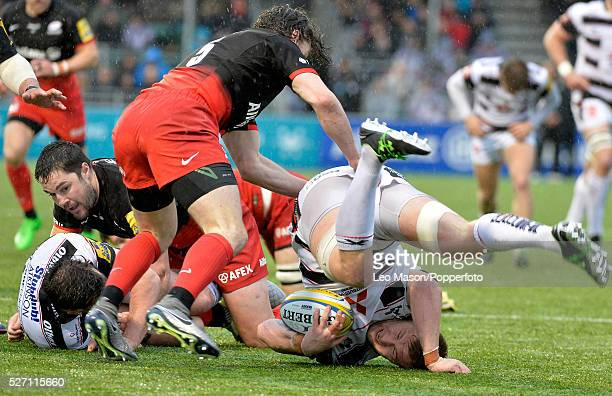 Rugby AVIVA Premiership Saracens v Gloucester at The Allianz Park Stadium London UK Action during the match which was won by Saracens 2512