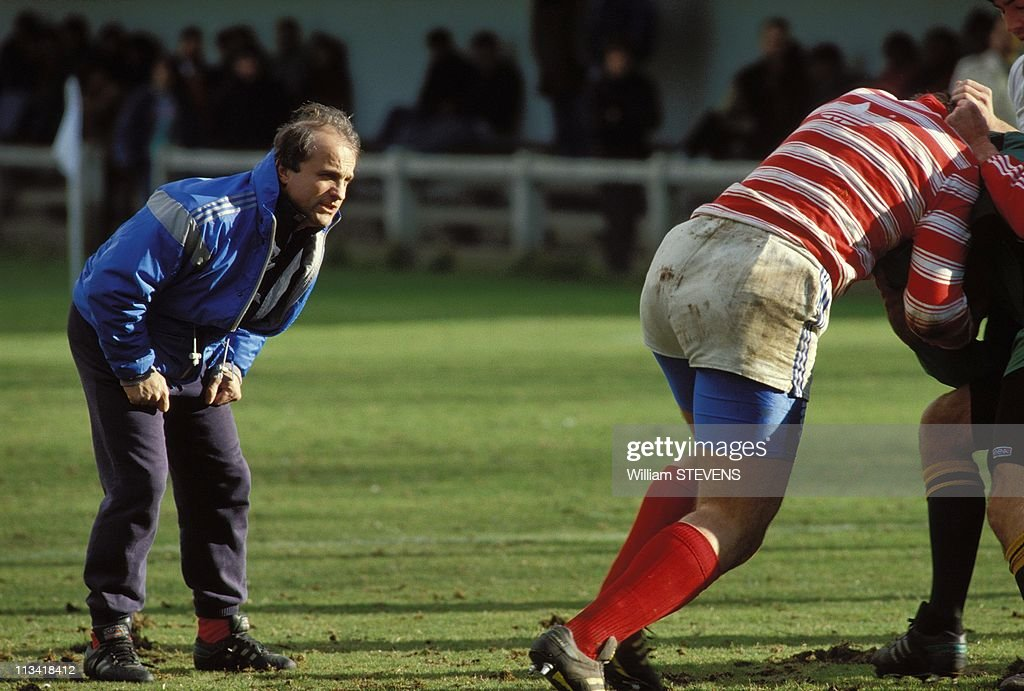 Rugby: Jacques Fouroux During The Training Of The French Rugby Team On April, 1990,In France : News Photo