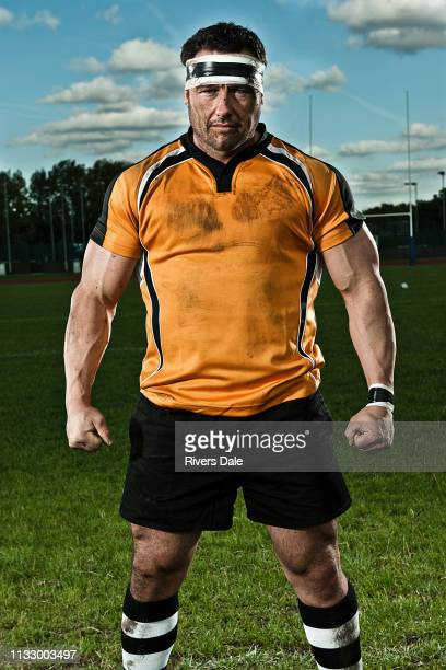 rugby player on pitch, portrait - rugby stock-fotos und bilder