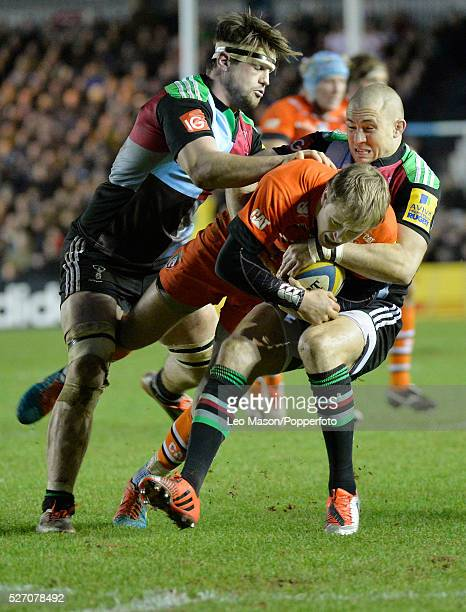 Rugby Premier League Harlequins v Leicester Tigers at the Stoop Twickenham UK Leicesters Mathew Tait in action during the match which was won by...