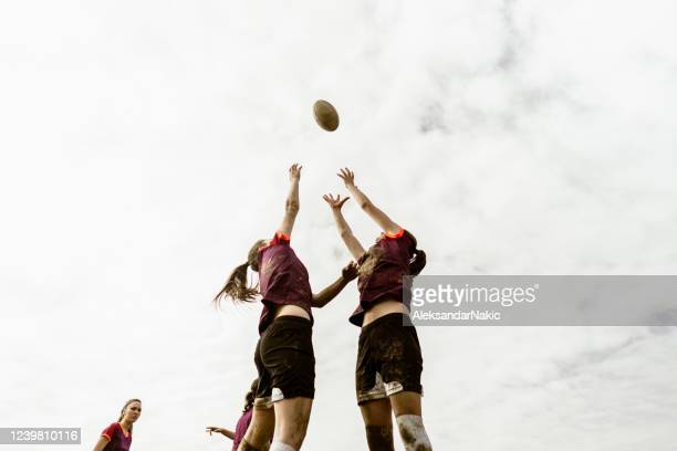 rugby team in action - rugby stock pictures, royalty-free photos & images