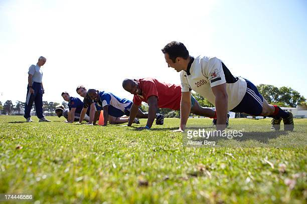 rugby team training - rugby team stock pictures, royalty-free photos & images