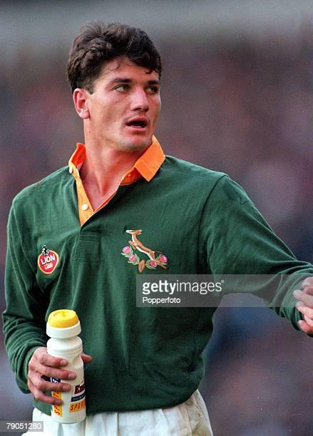 Rugby Union 18th NOVEMBER 1995 Twickenham South Africa's Joost Van Der Westhuizen