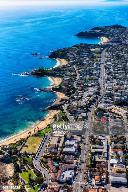 rugged pacific coastline of orange county california - laguna niguel stock pictures, royalty-free photos & images