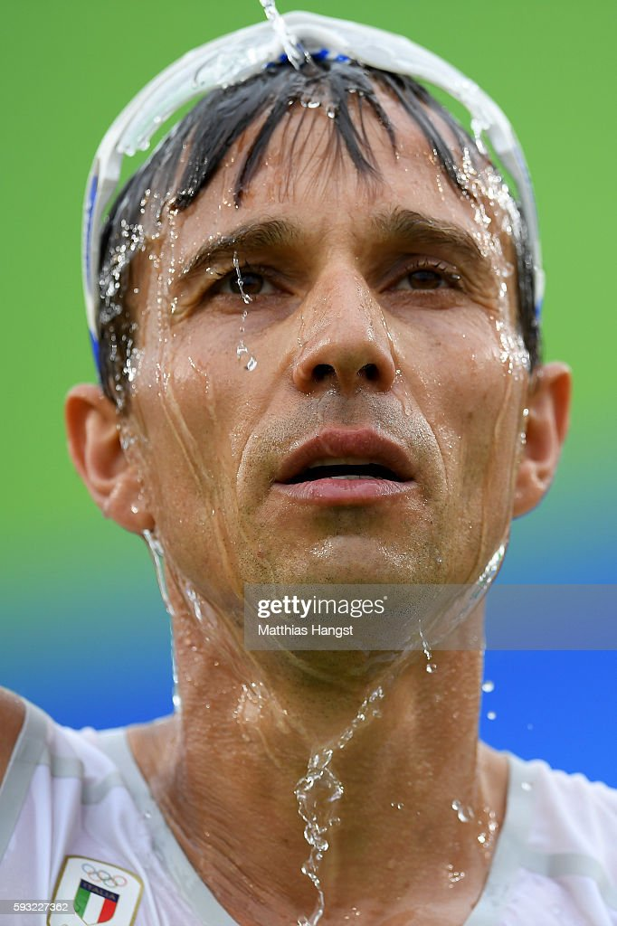 Ruggero Pertile of Italy cools off after the Men's Marathon on Day 16 of the Rio 2016 Olympic Games at Sambodromo on August 21, 2016 in Rio de Janeiro, Brazil.