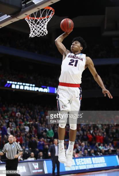 Rui Hachimura of the Gonzaga Bulldogs dunks the ball during the second half against the Ohio State Buckeyes in the second round of the 2018 NCAA...