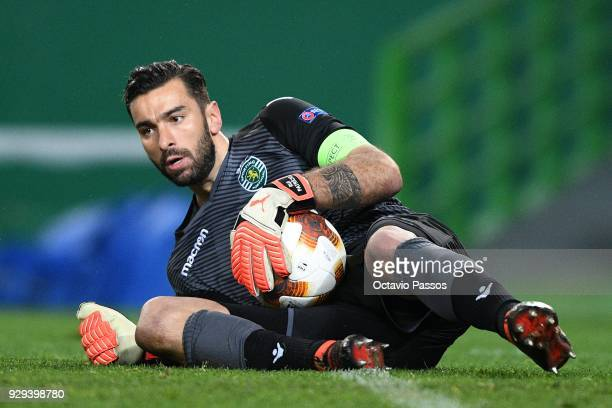 Rui Patricio of Sporting Lisbon in action during the UEFA Europa League Round of 16 first leg match between Sporting Lisbon and Viktoria Plzen at...