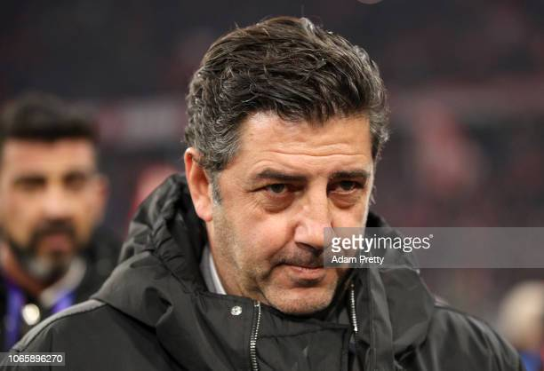 Rui Vitoria, Manager of Benfica looks on prior to the UEFA Champions League Group E match between FC Bayern Muenchen and SL Benfica at Fussball Arena...