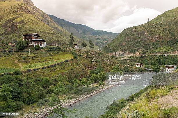 ruin monastery on the way to thimphu - paro district stock pictures, royalty-free photos & images